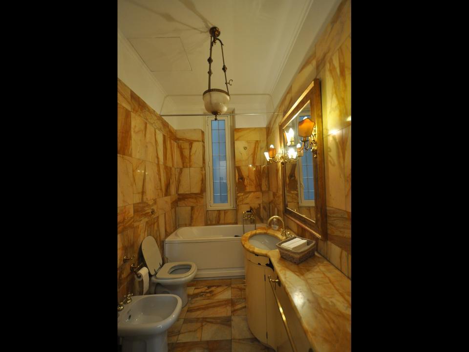 Ministero marina via pisanelli appartamento signorile 2 for 3 piani di camera da letto 2 5 bagni
